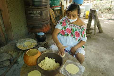 From Merida: Local Cooking Class & Shopping Tour in Tekit