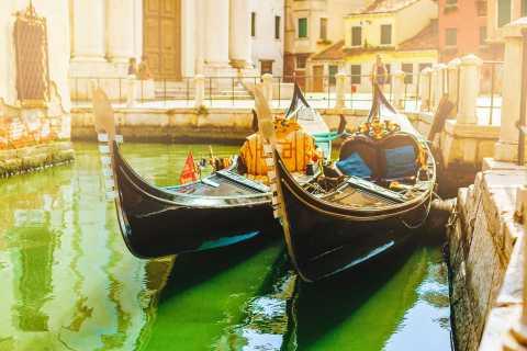 Venise: balade de groupe en gondole sur le Grand Canal
