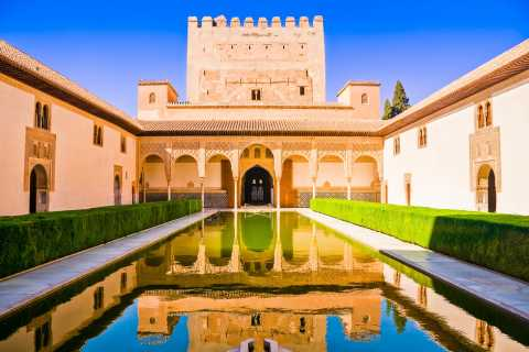 Alhambra: Omvisning inkl. Nasrid-palassene – Ikke-refunderbar