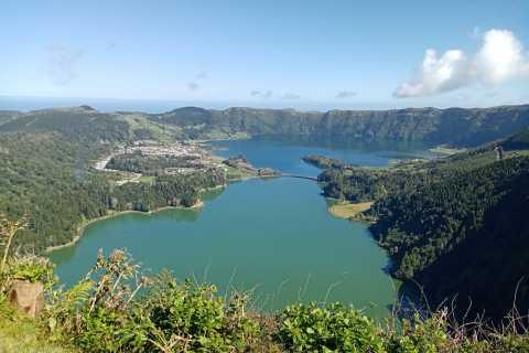 Azores: Sete Cidades Village and Lakes Half-Day Tour