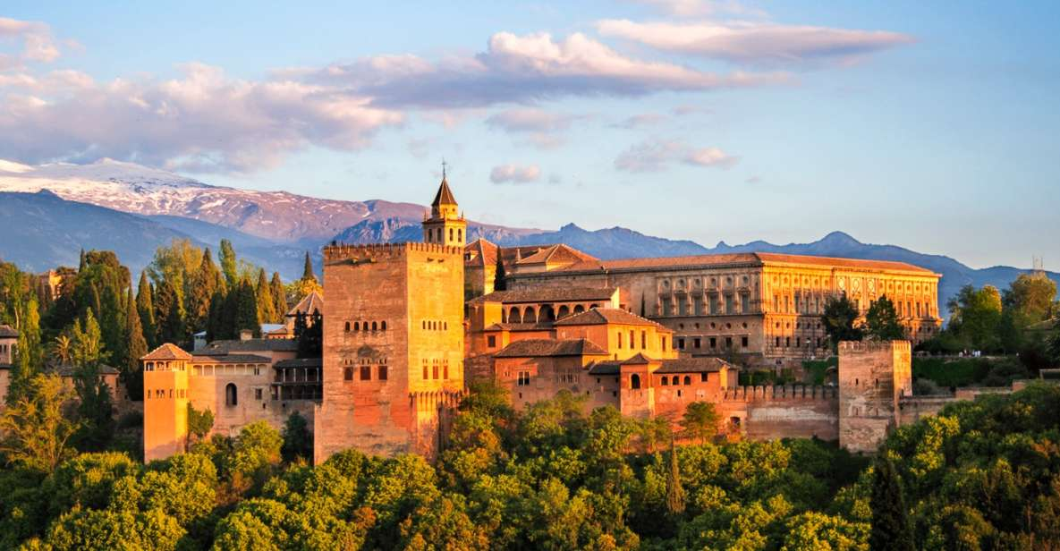 From Seville: Alhambra Full-Day Tour with Nasrid Palaces