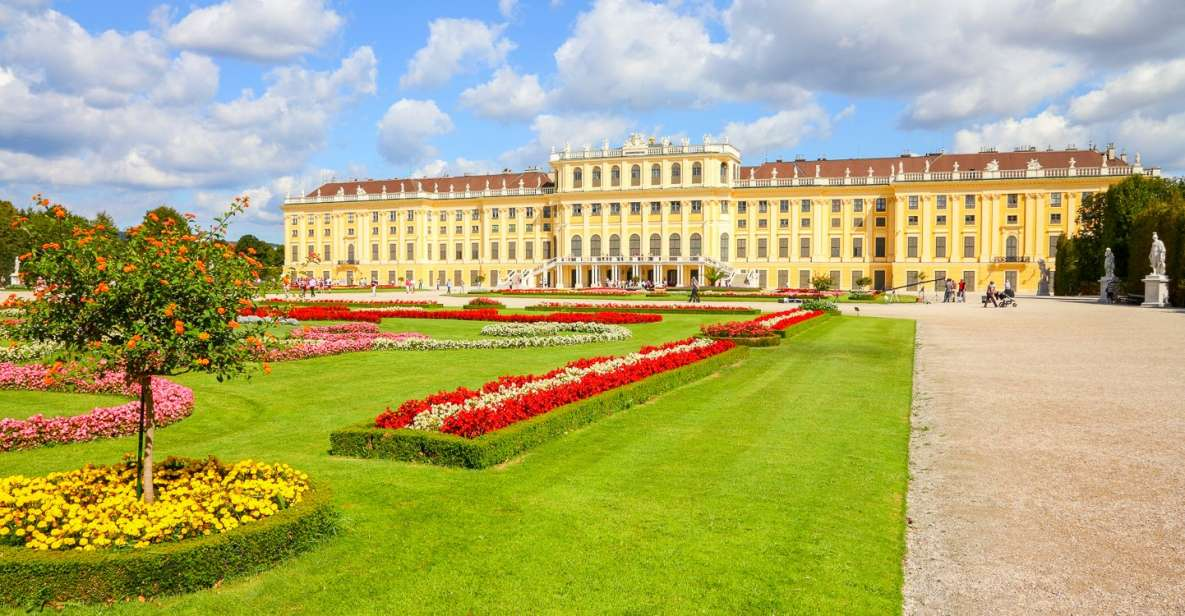 Viena: tour guiado sin colas palacio y jardines Schönbrunn