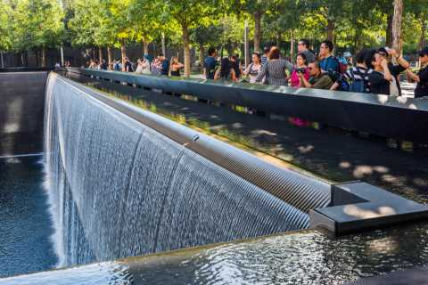 NYC: 9/11 Memorial and Financial District Walking Tour