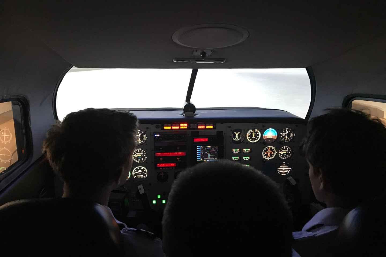 Leipzig: Piper PA34 Flugsimulator-Erlebnis
