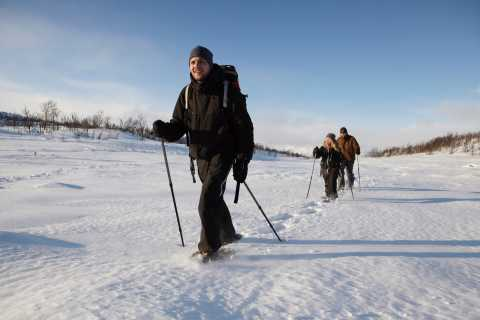 Snowshoeing in Breivikedet