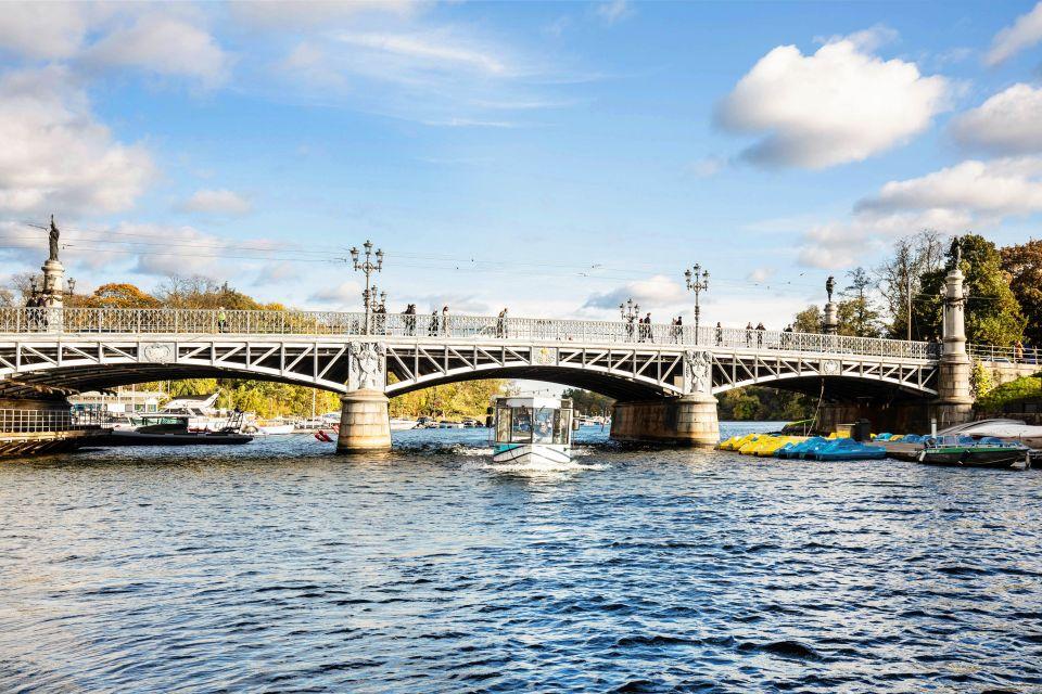 Rejs amfibią po rzekach Sztokholmu