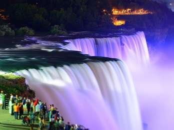 Niagara Falls, USA: Tag & Nacht Kleingruppentour mit Abendessen