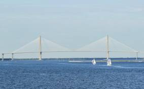 Charleston Harbor: Narrated Harbor Sightseeing Cruise