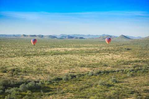 Phoenix: lot balonem na ogrzane powietrze z szampanem i cateringiem