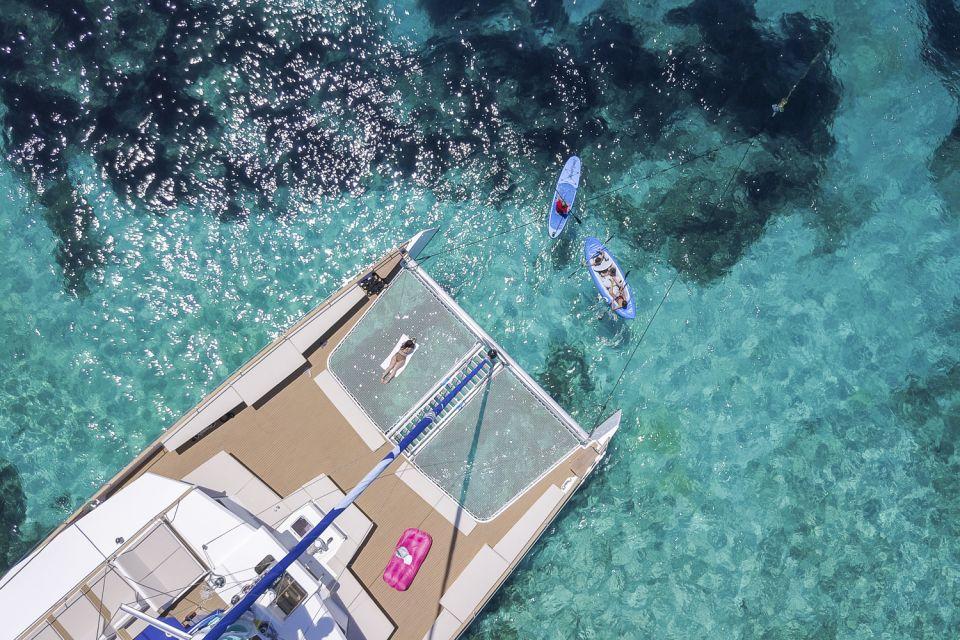 Całodniowy rejs katamaranem: Błękitna Laguna, plaże w St Paul\'s Bay