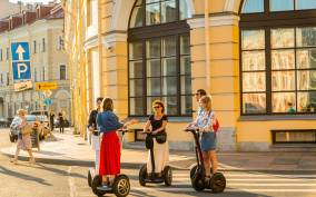 St. Petersburg: 1-Hour Segway Tour in the City Center