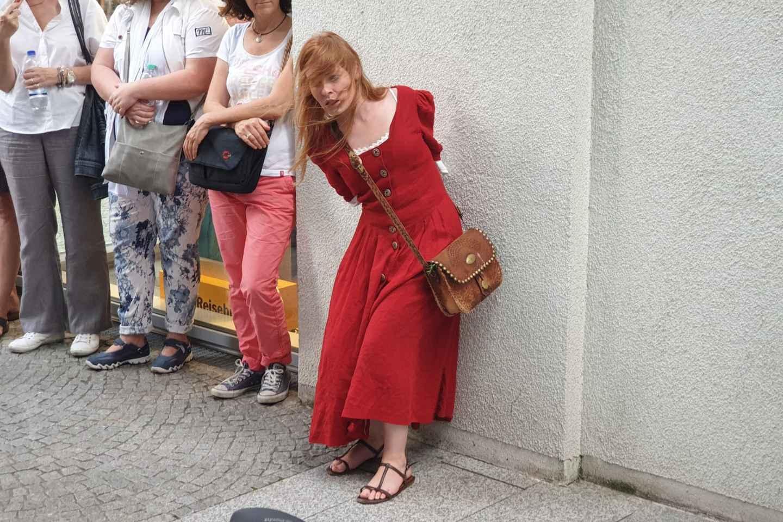 Freiburg: Stadtführungen mit Schauspielern