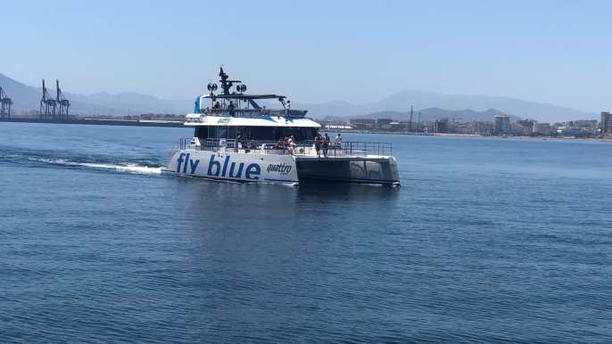Málaga: viaje en catamarán y crucero para nadar