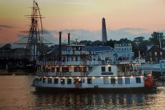 Boston: Sunset Cruise