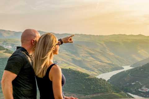 Porto: Douro-Tal-Tour, Weinprobe, Bootsfahrt & Mittagessen