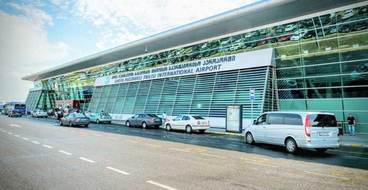 Traslado privativo do aeroporto de Tbilisi