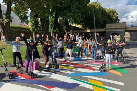 Oslo: Express City Tour by E-scooter