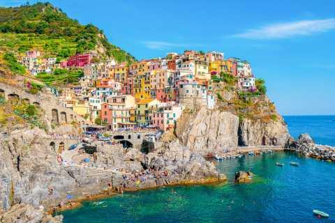 Florença: Excursão Cinque Terre c/ Trilha e Almoço Opcionais