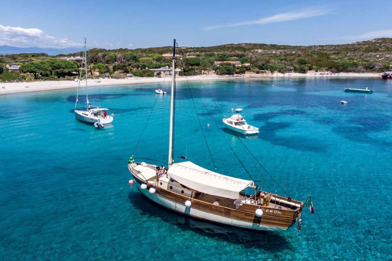 Ab Sardinien: Segelboot-Tagesausflug zum La Maddalena-Archipel