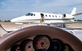 Corfu: Private Minivan Airport Transfer