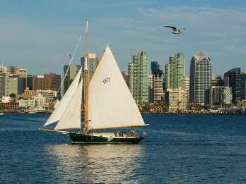 San Diego: Tagessegeln an Bord einer klassischen Yacht