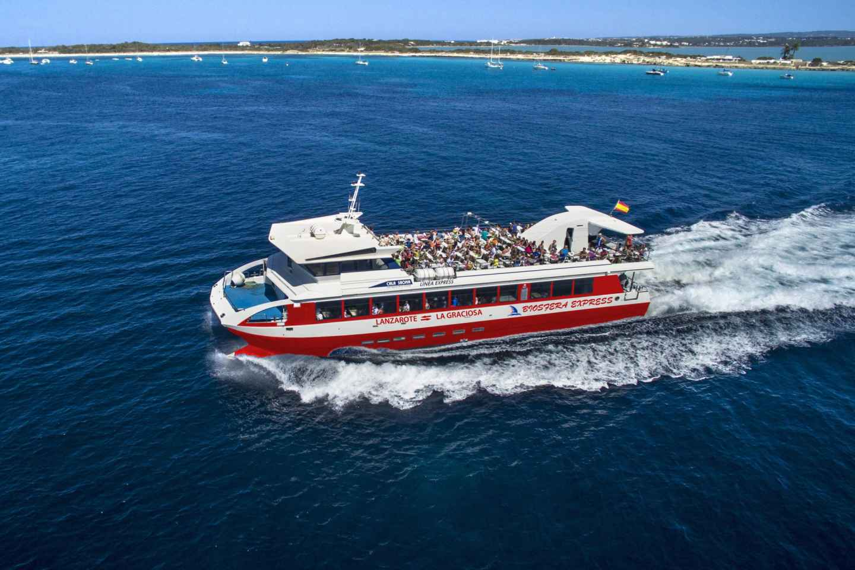Lanzarote: Hin- und Rücktransfer mit der Fähre nach La Graciosa