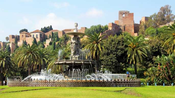 Málaga: 3-Hour Complete Walking Tour with Tickets