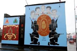 Belfast: Politische Taxitour mit widersprüchlichen Geschichten