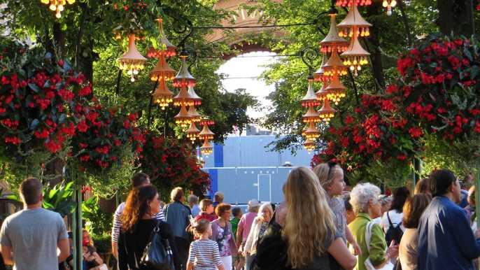 Copenhagen: Tivoli Gardens Guided Tour & Skip-the-Line Entry