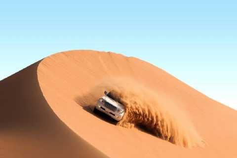 Dubai: Safari, mönkijä, kameliratsastus ja paljon muuta