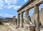 Ab Neapel: Geführte Tour durch Pompei und Positano