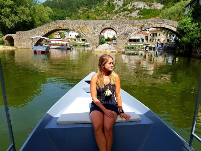 Montenegro: natuur-, lokale bevolking en wijntour
