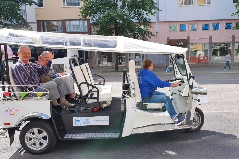 Helsinki City: 1,5-stündige Stadtrundfahrt mit elektrischem TukTuk