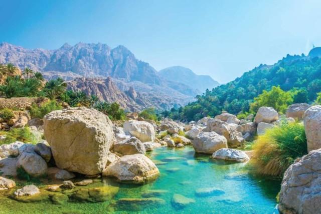 Muscat: tour Wadi Shab en Bimah Sinkhole met audiogids