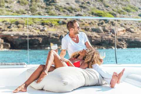 Palma di Maiorca: tour in catamarano con pasto a buffet