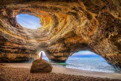 Portimão: Benagil Caves 2-Hour Speed Boat Tour