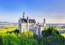 What to do in Munich - From Munich: Neuschwanstein & Linderhof Castle Full-Day Trip