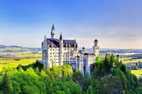 From Munich: Neuschwanstein & Linderhof Castle Full-Day Trip