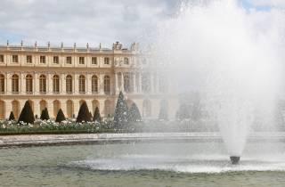 Ab Paris: Schloss Versailles & Gärten - Tour ohne Anstehen