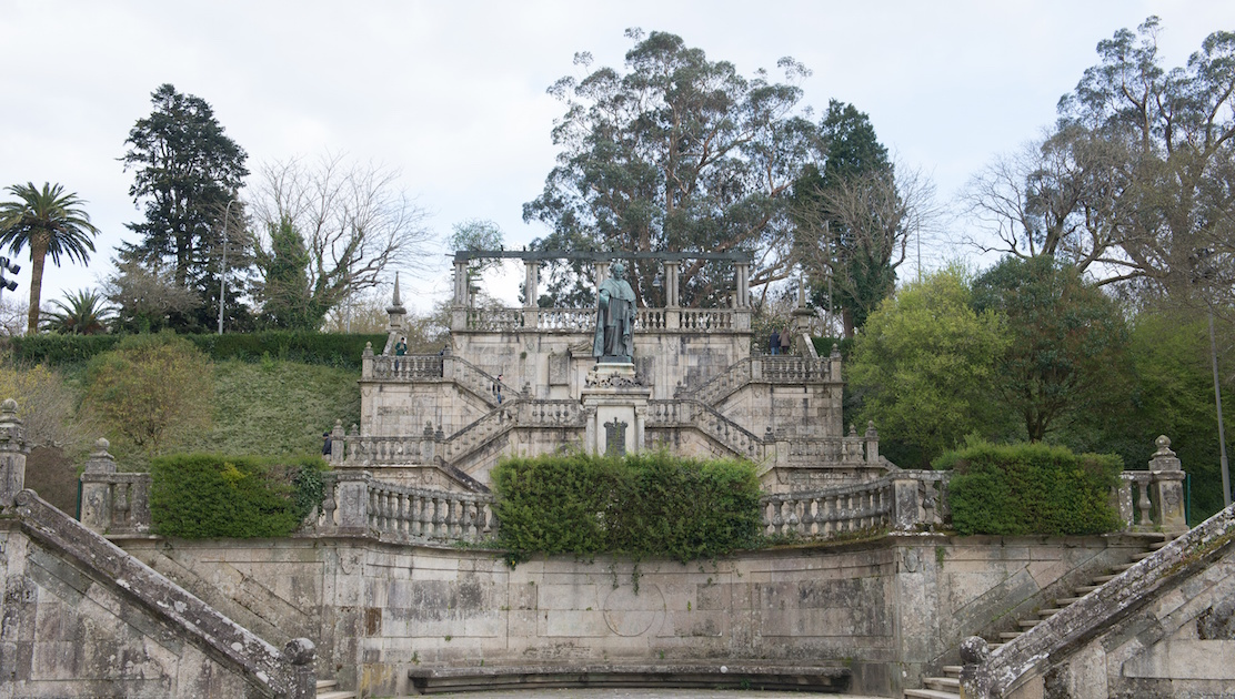 santiago de compostela latin dating site No later than 561, perhaps from 400 ad, iria was the seat of a bishopric, also known in latin as locus sancti iacobi ('place of saint james', in spanish santiago.