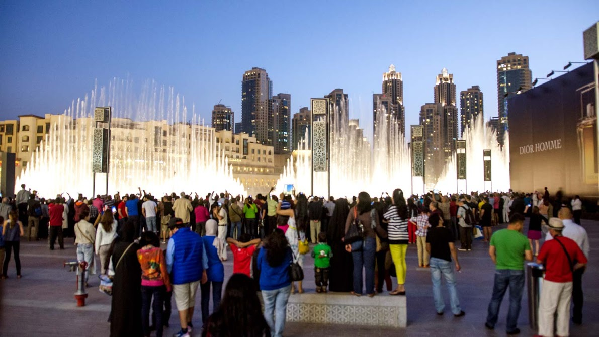 Dubai Mall - Waterfront Promenade