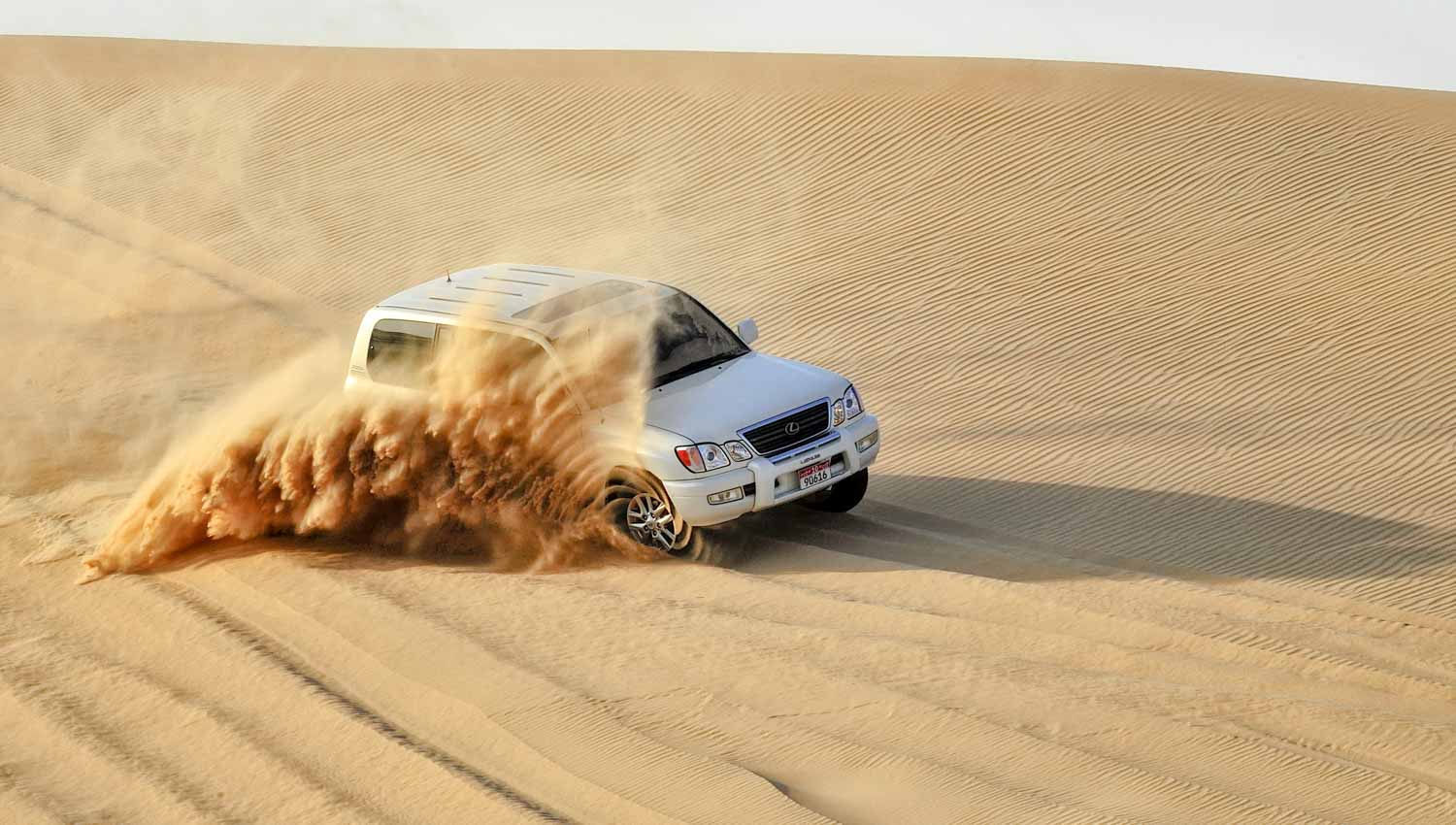 Bash the dunes in a 4x4