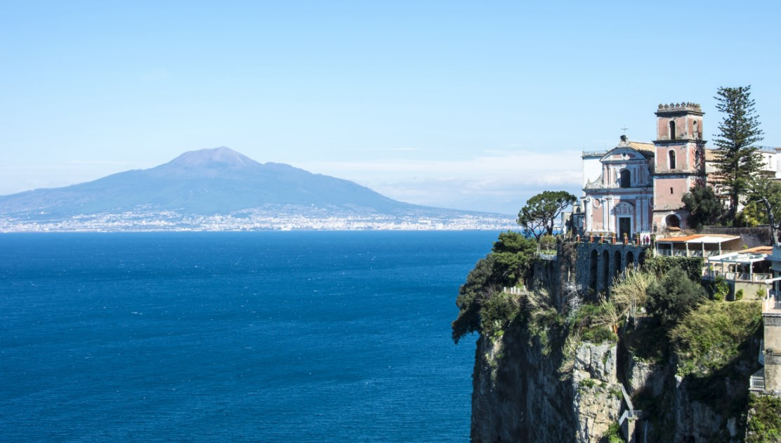 how to get to mount vesuvius from sorrento