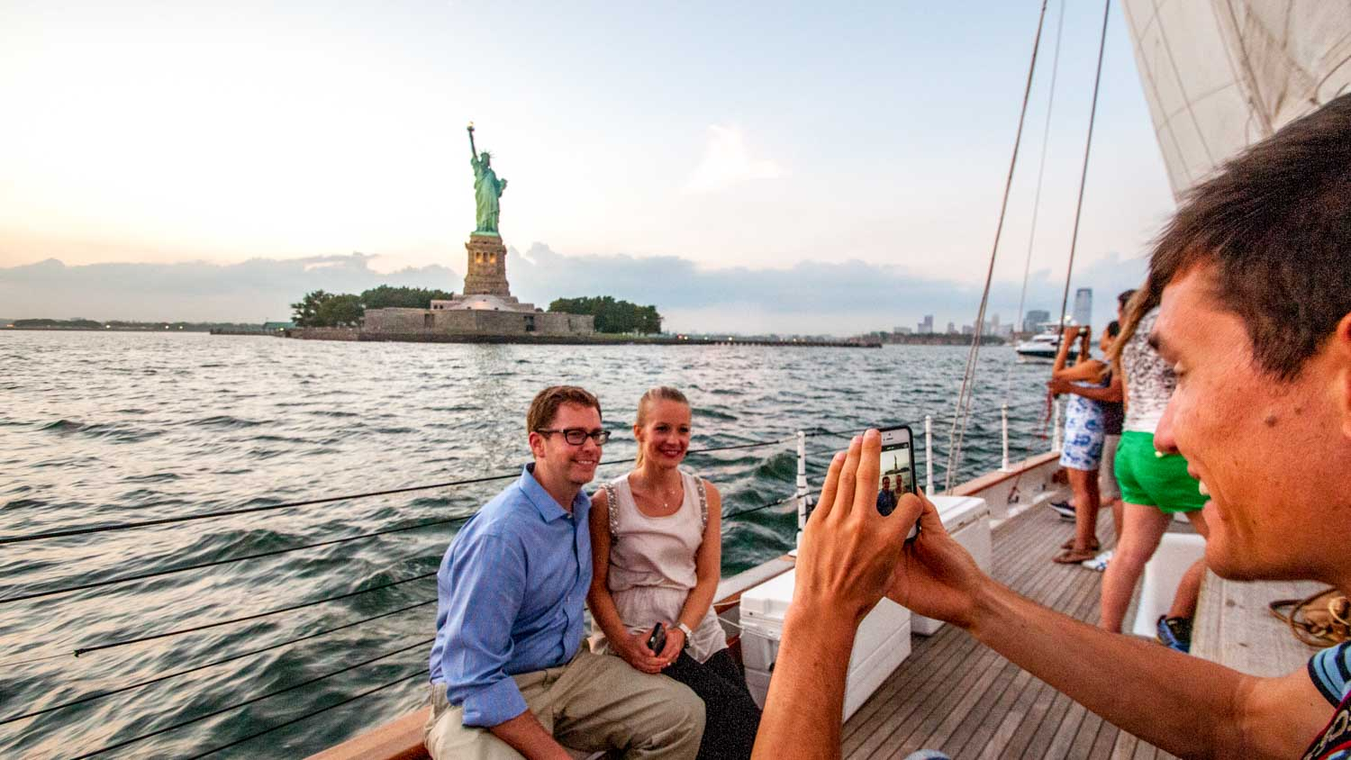 Sightseeing Cruises around New York Harbor