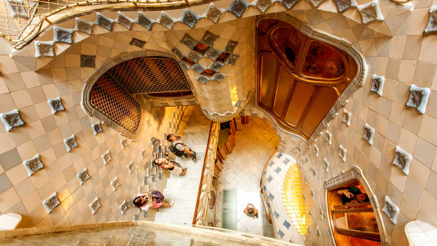 Casa batll barcelona book tickets tours getyourguide for Casa interior