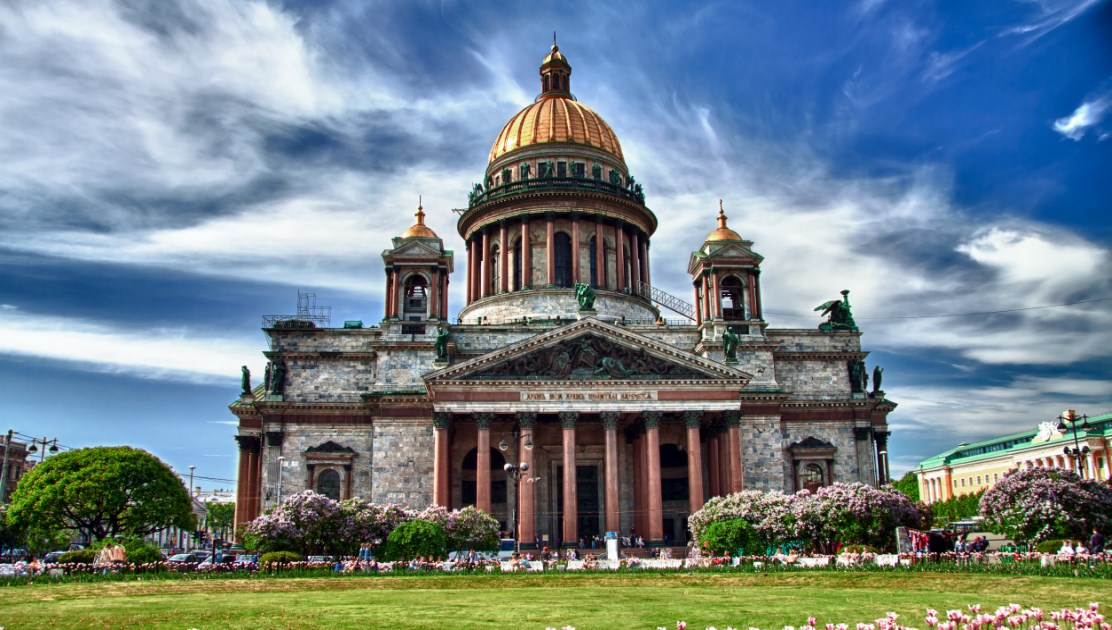 The st petersburg tourism board