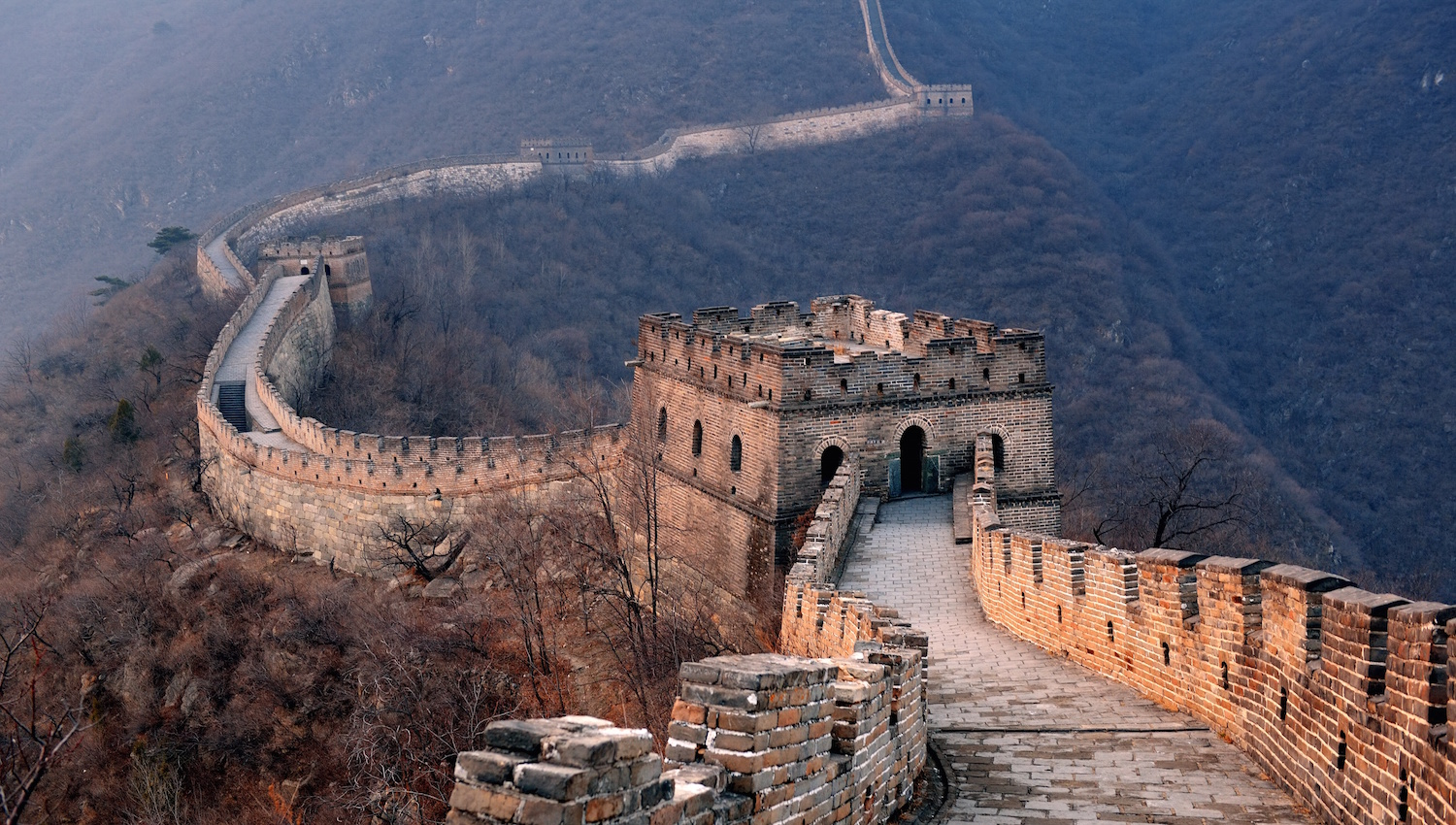a critical look at the significance of the great wall of china Sparc's first public art project and its true signature piece, the great wall is a   the mural's restoration, a critical need, and continuation with future panels.